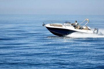 Jeanneau 755 boat